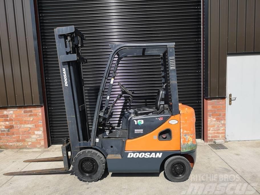 Doosan D18S-5