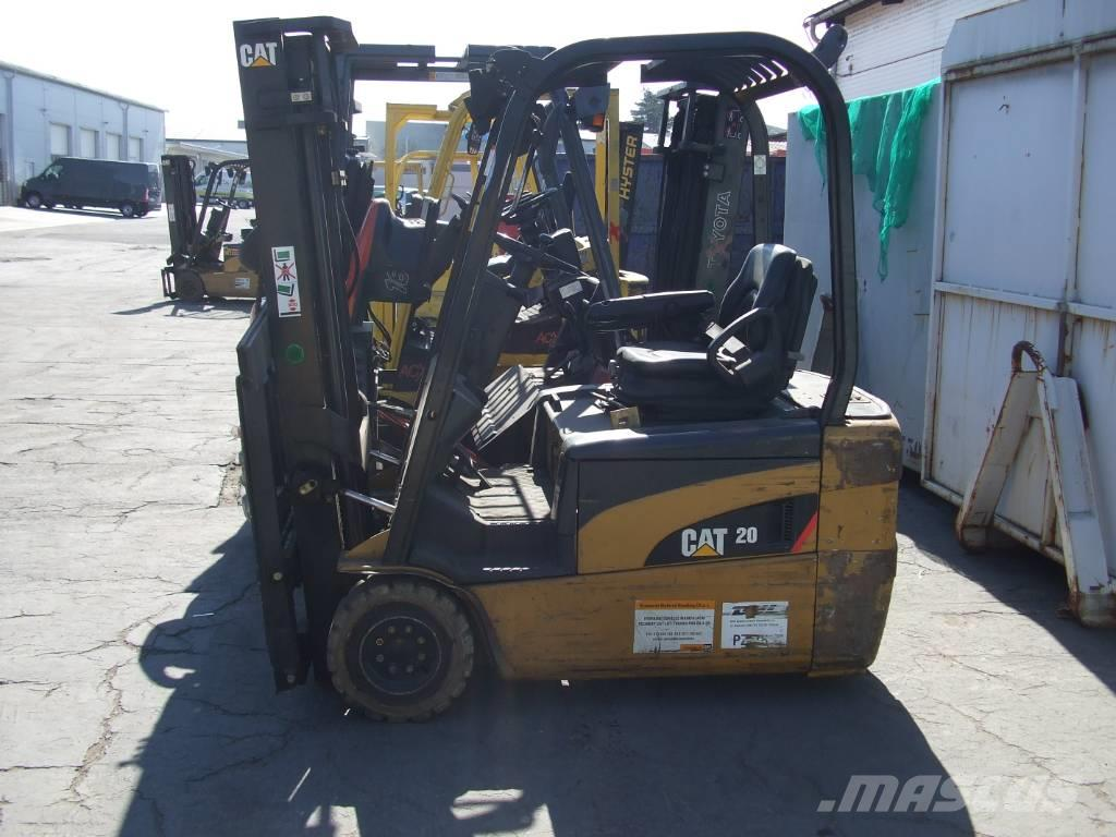 Caterpillar Lift Trucks EP20NT