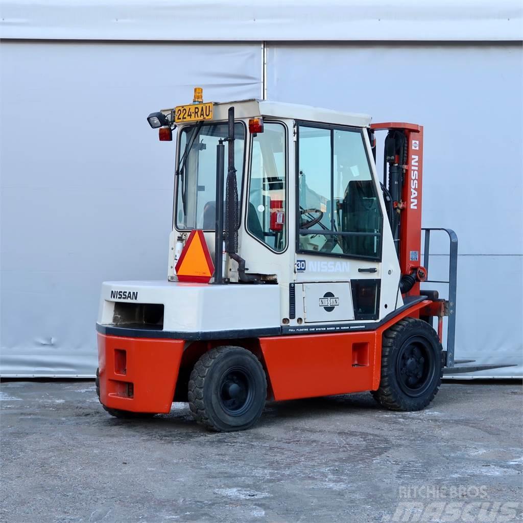 Nissan EGH02A30U