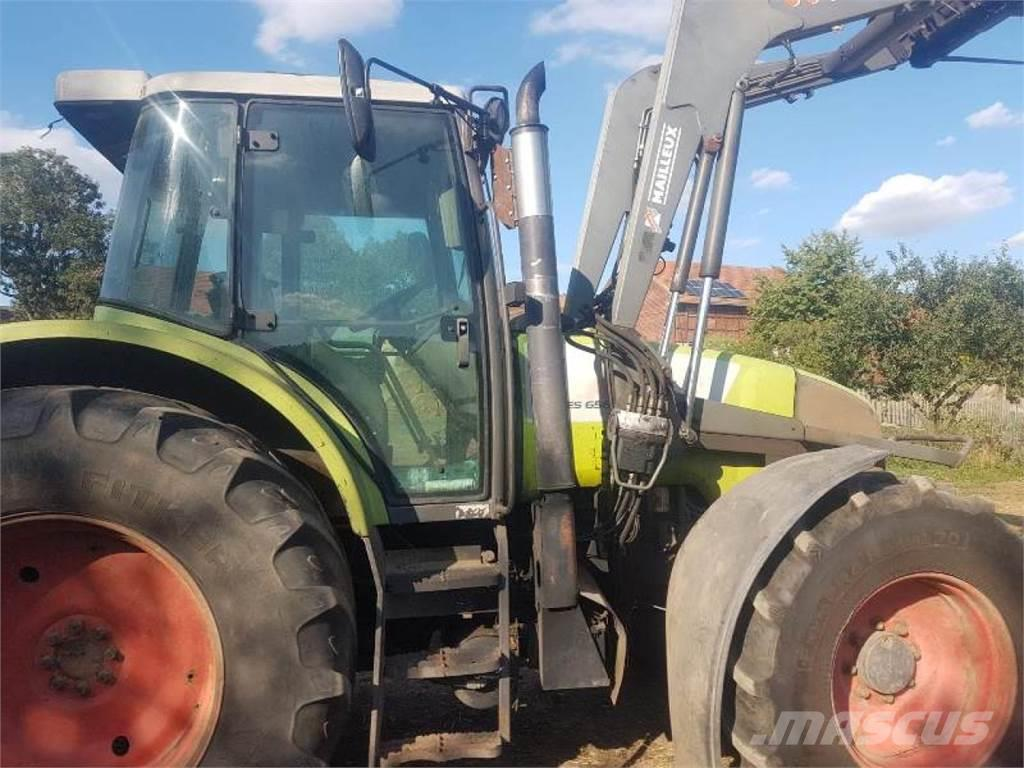 CLAAS Ares 656RZ mit Frontlader