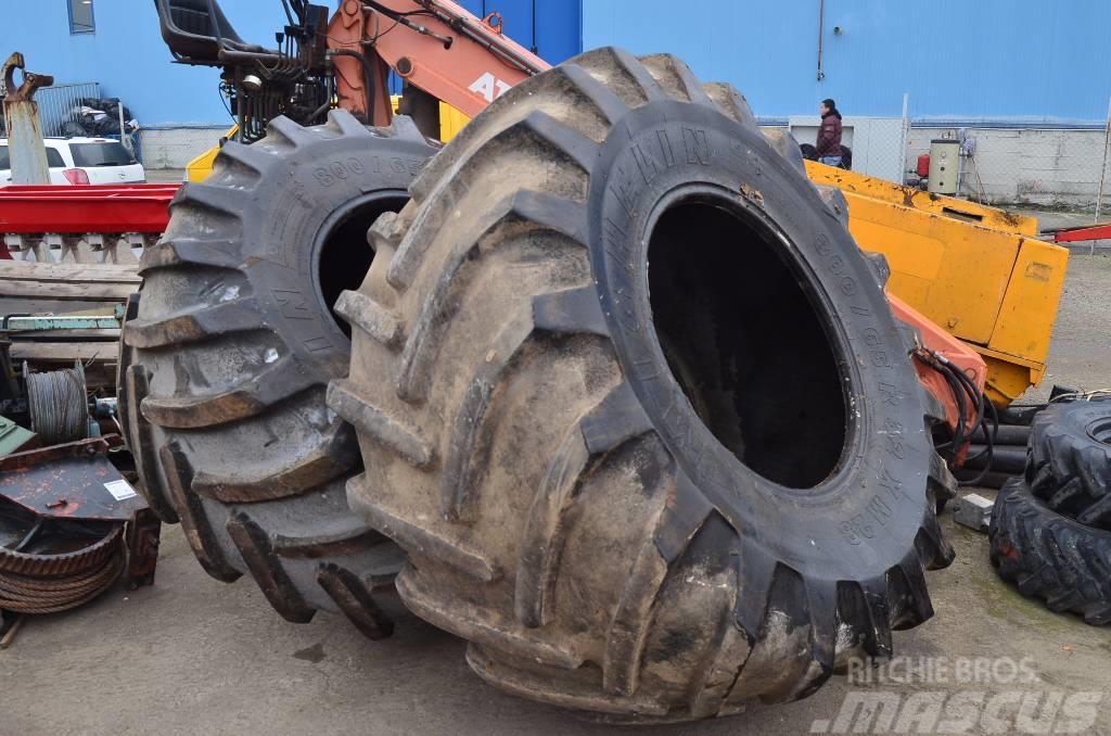 Michelin 30.5 R32