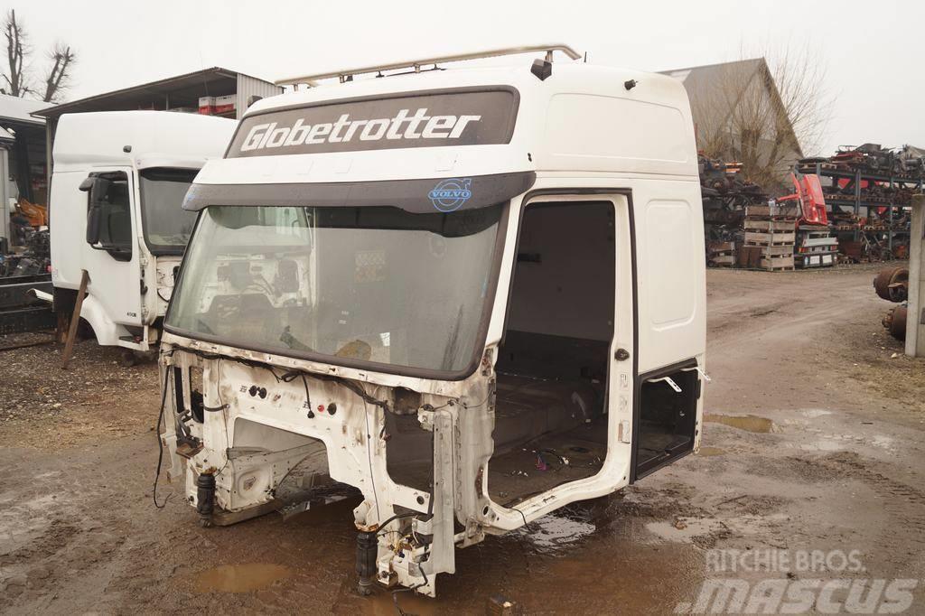 Volvo FH Globetrotter / Cab empty cabin