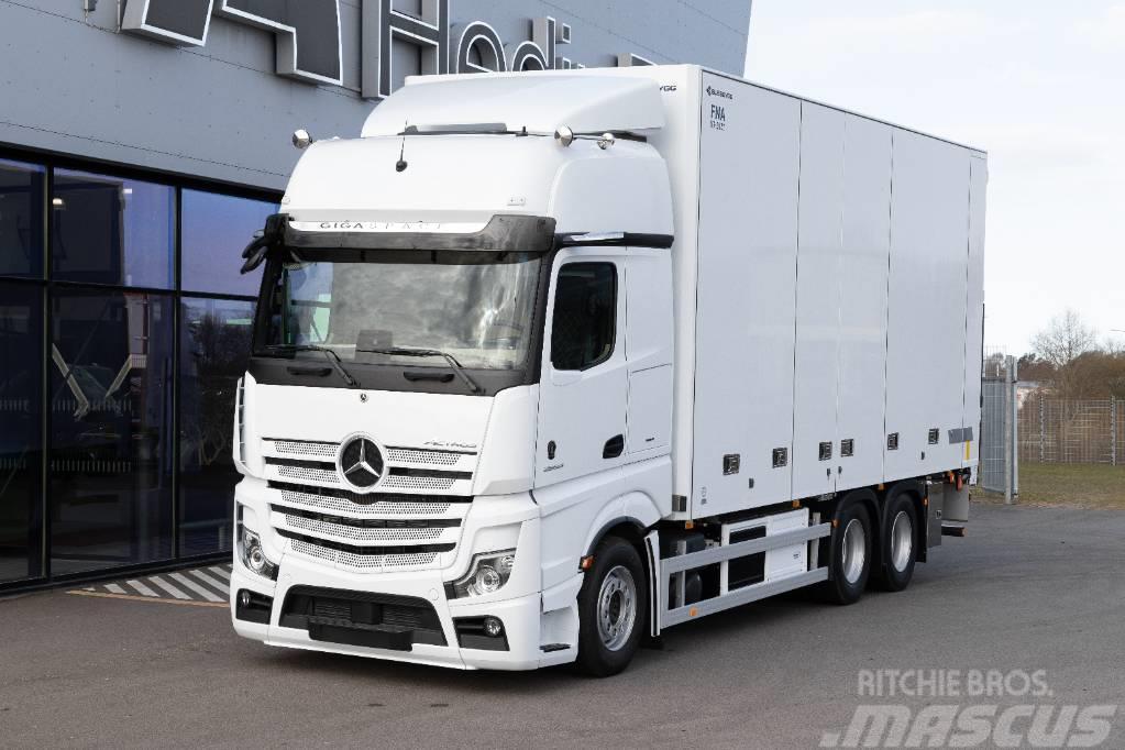 Mercedes-Benz Actros V 2853 6x2 med Bussbygg FNA-skåp