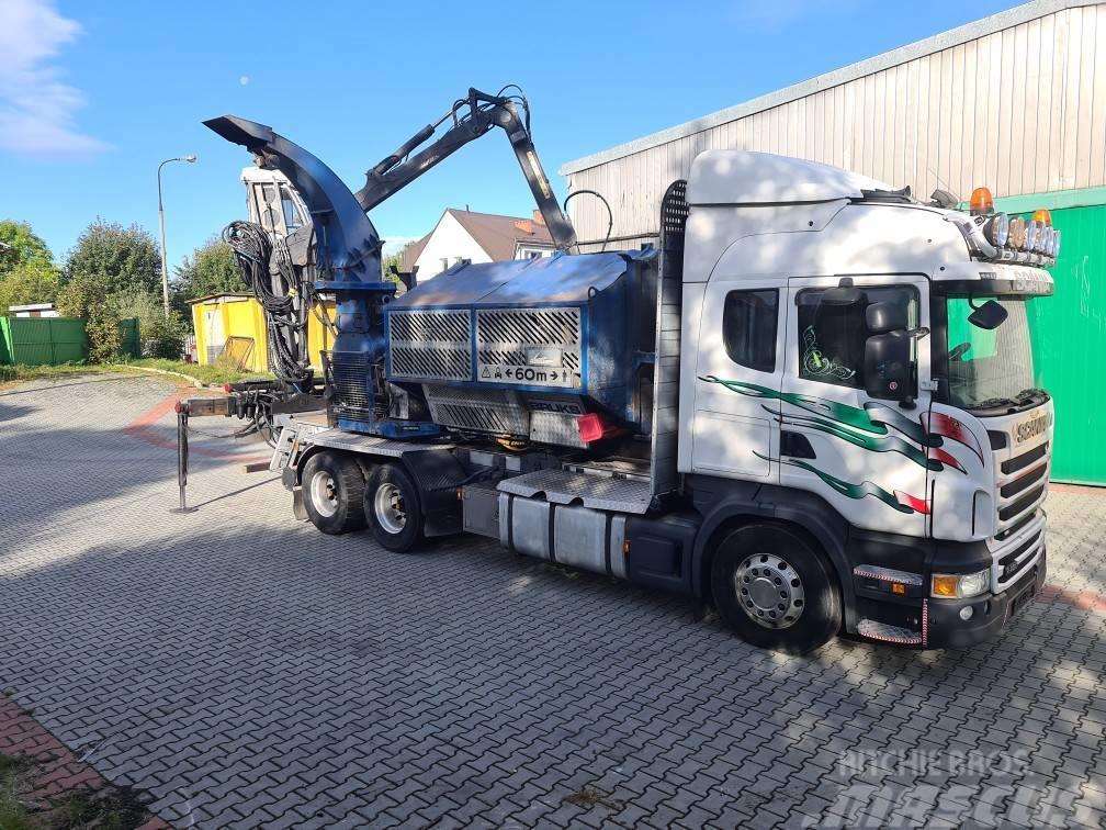 Bruks Klockner 805 CT rębak na samochodzie Scania