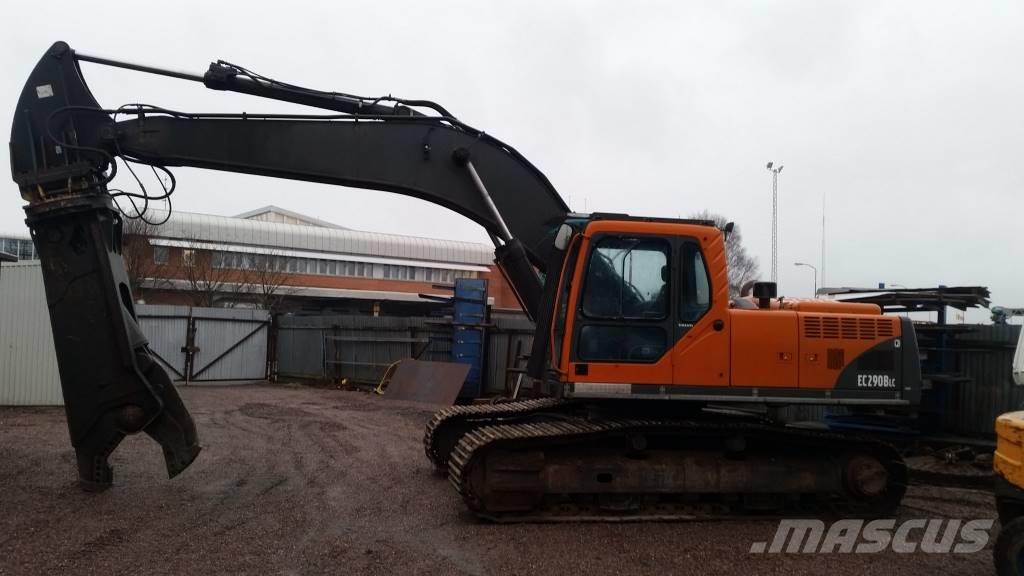 Volvo EC 290 LBC with Shear!
