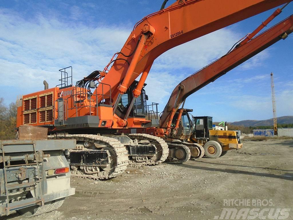 Hitachi EX1200 - 6