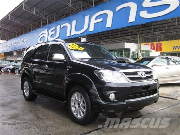 TOYOTA FORTUNER 3.0 [V] Smart AT 4WD