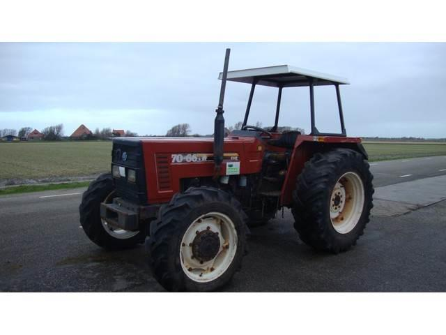 New Holland 70-66 DT