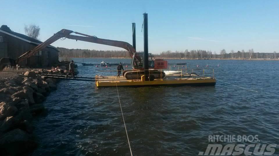 Finnboom Pontoons Working Ferry