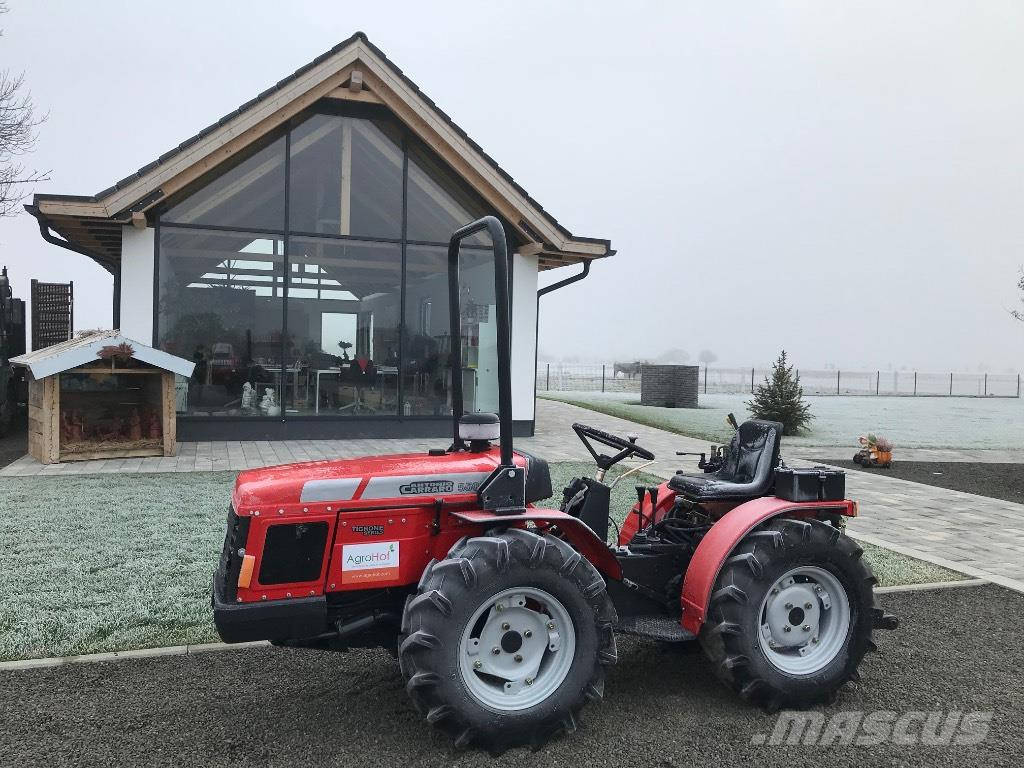antonio carraro 5500 gebrauchte traktoren gebraucht kaufen. Black Bedroom Furniture Sets. Home Design Ideas