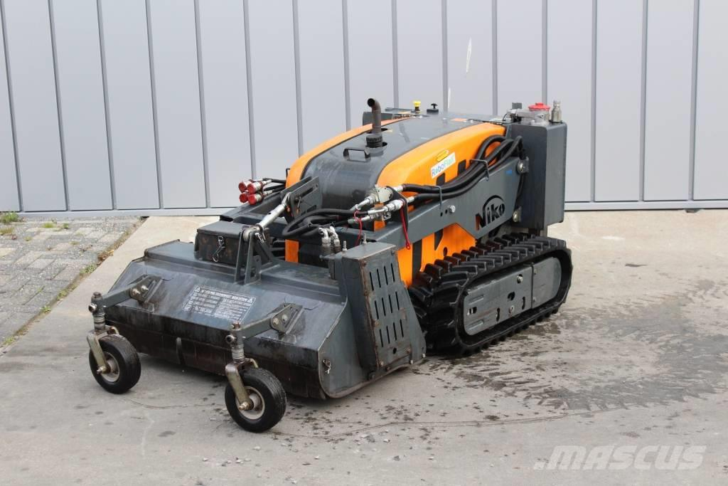[Other] Kommtek RoboFlail Plus RC mower