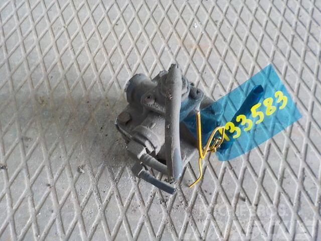 Mercedes-Benz Actros MPII Park brake relay valve 5010588270 9730