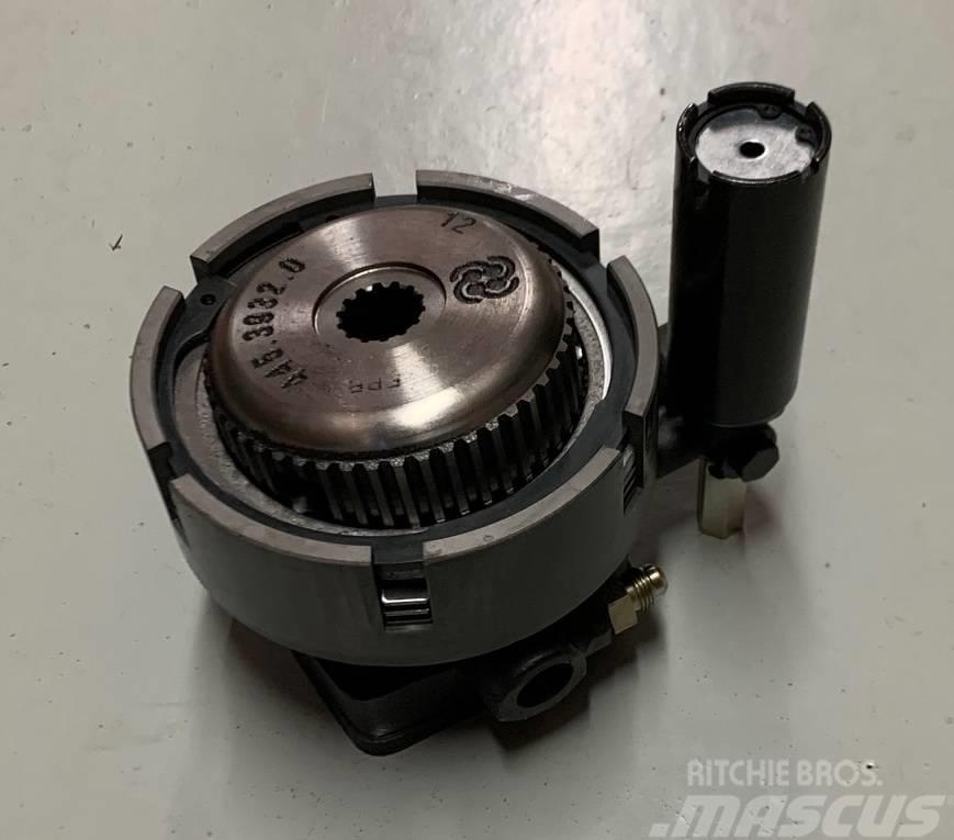 Same Hydraulic PTO clutch 0.008.4756.4/90, 0.012.7104.4