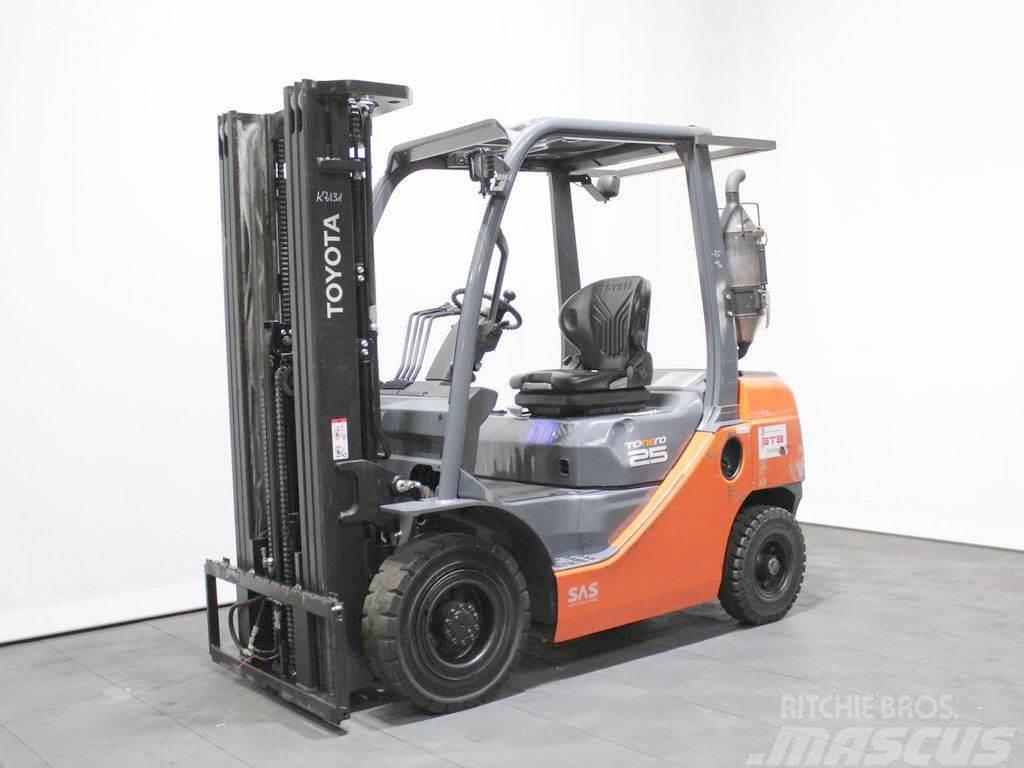 Toyota 02-8 FDF 25
