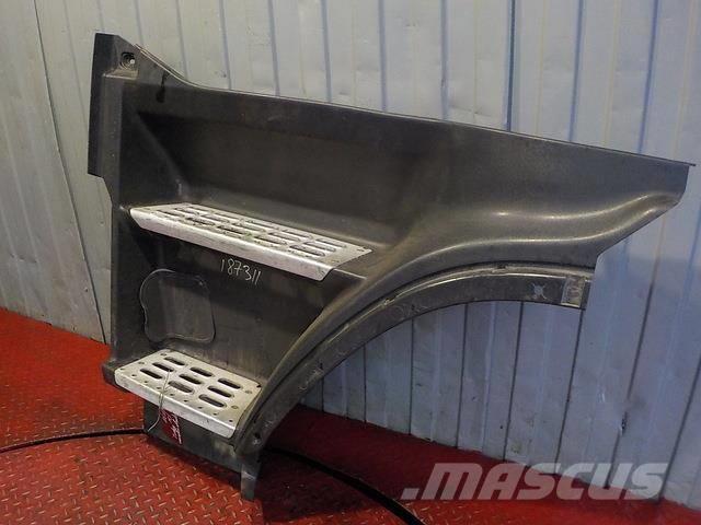 Volvo FH Step body upper left 3175927 2FH201 ME3175927