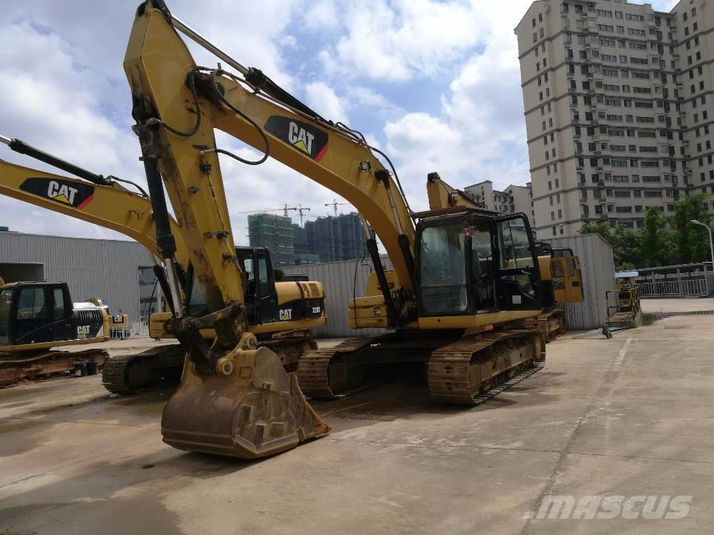 Caterpillar 320DL Excavator **Year 2011**