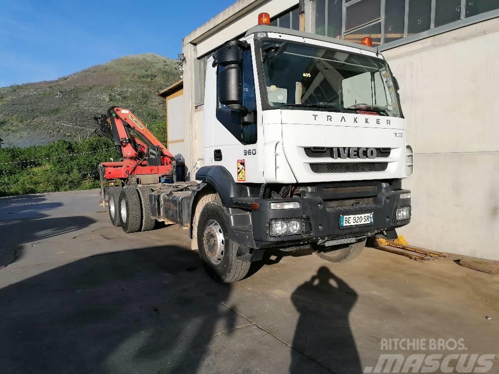 Iveco Trakker 360 - 260T36  (CP1422)