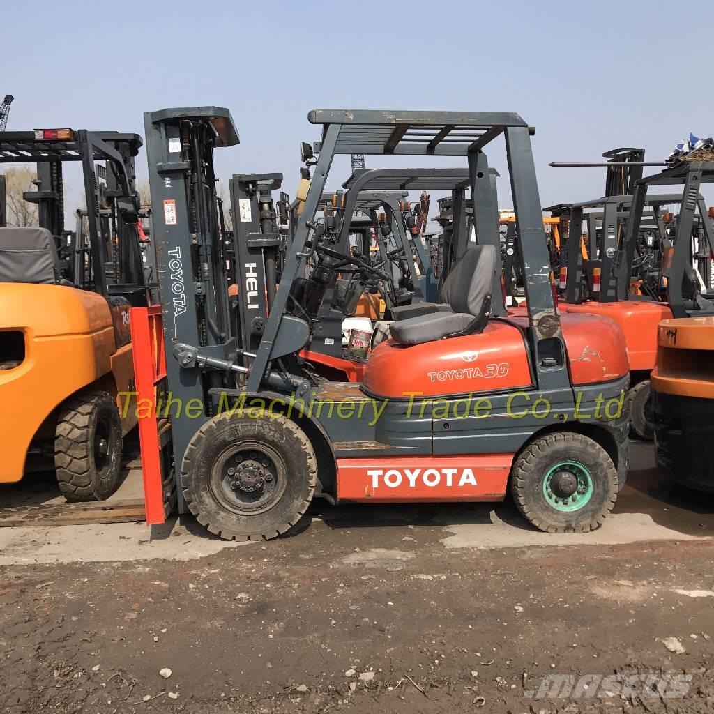 Toyota 30-5 FB L 25