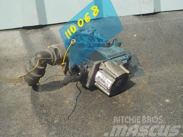 MAN TGA ABS valve 81524526024 4721950160 4721950090