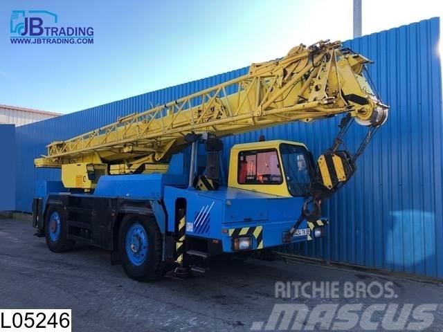Liebherr LTM1030/1 4x4, , max 40,4 mtr, 30 Tons, Double Fly