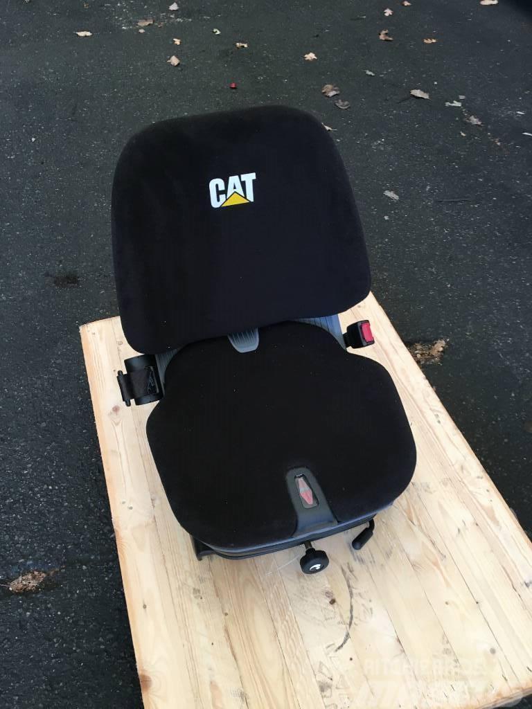 Caterpillar 301.8 Seat