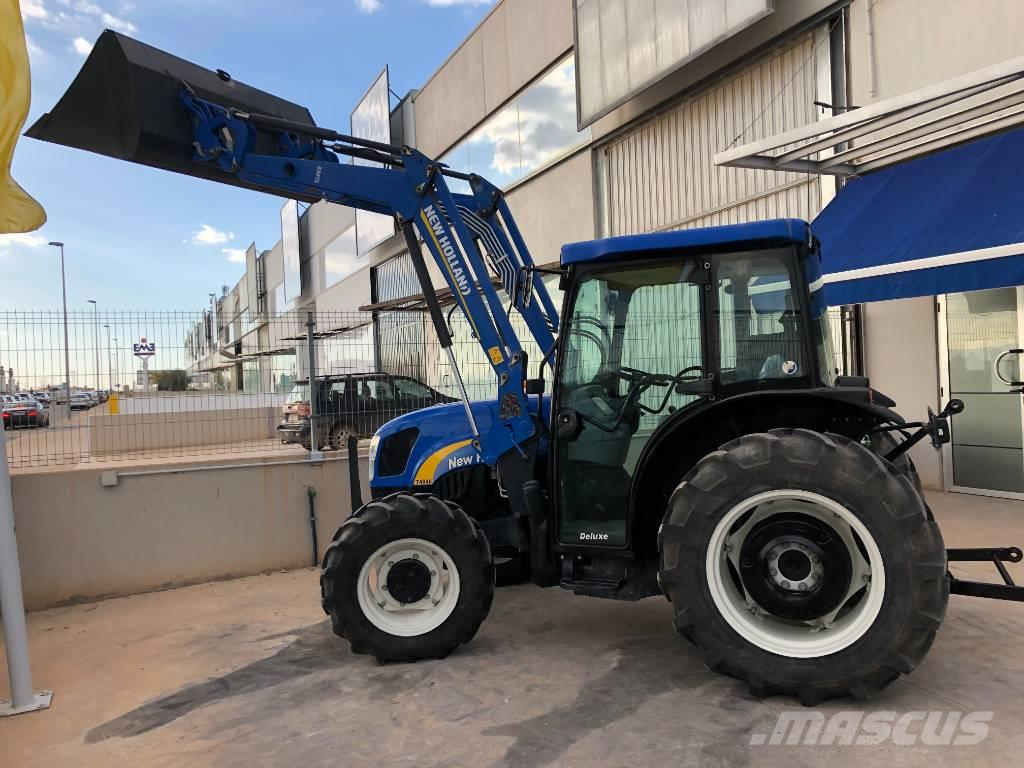New Holland T 4040