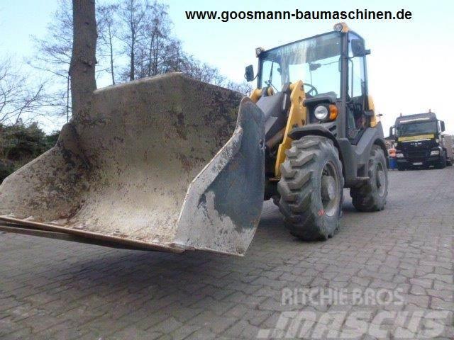 Ahlmann AX 700