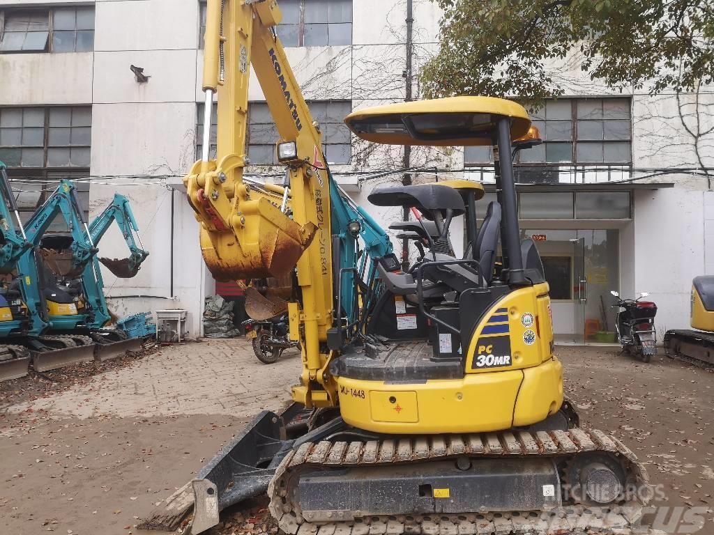 Komatsu PC30MR-3