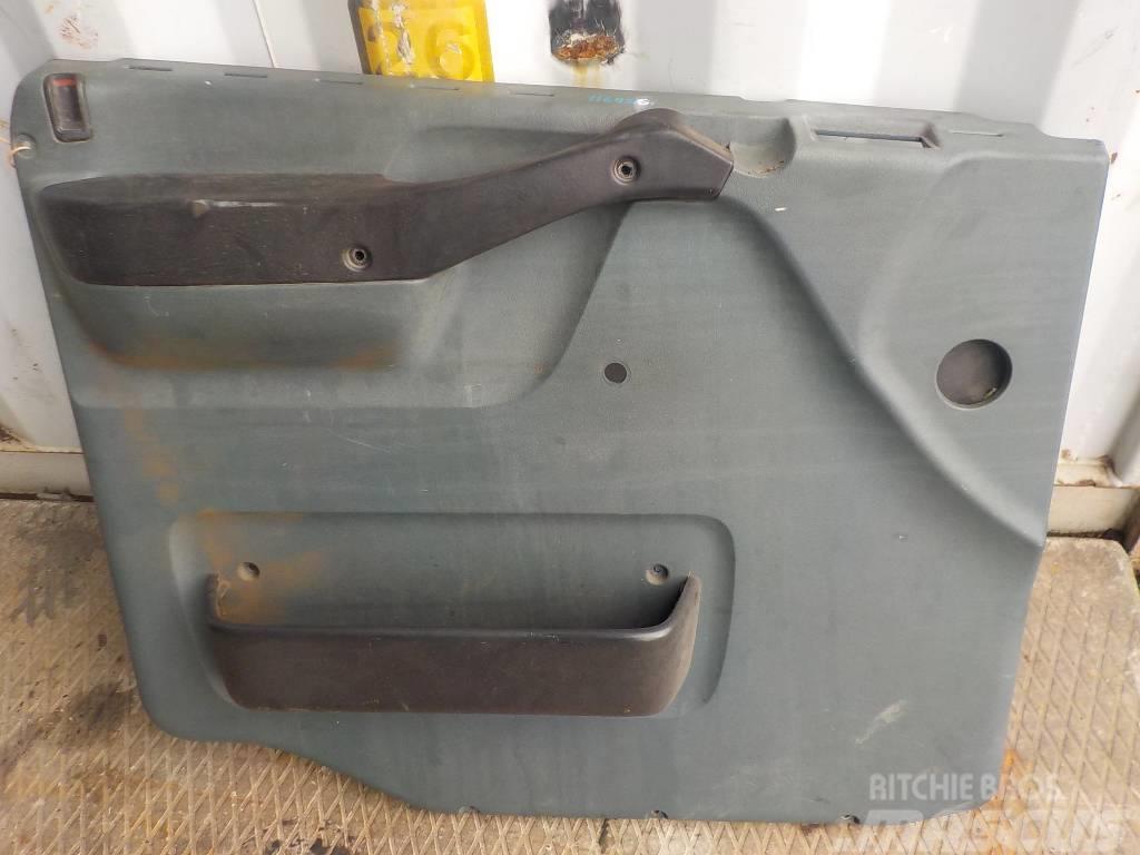DAF XF 95 Door panel 1325030