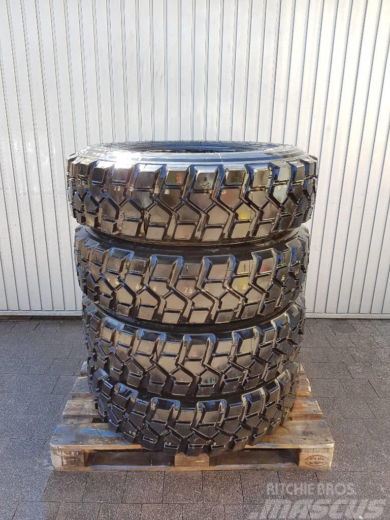 [Other] 335/80R20 Pirelli Pista PS22 TL 149K Unimog Reifen