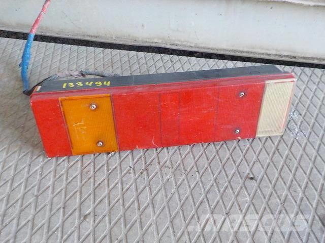 Iveco Stralis Tail light right 99463242 ME99463242 BR02I