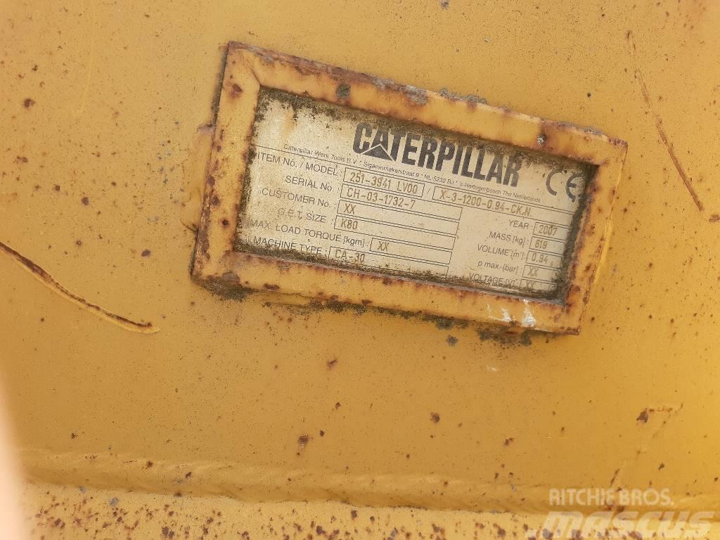 Caterpillar koparka kołowa M 318 D