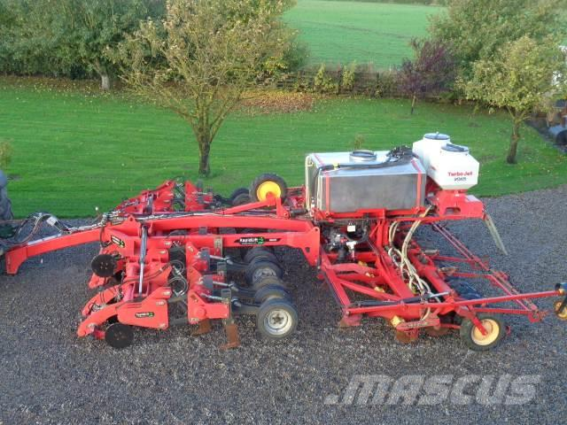 Väderstad rapid lift c/w stocks rape seeder and liquid fert