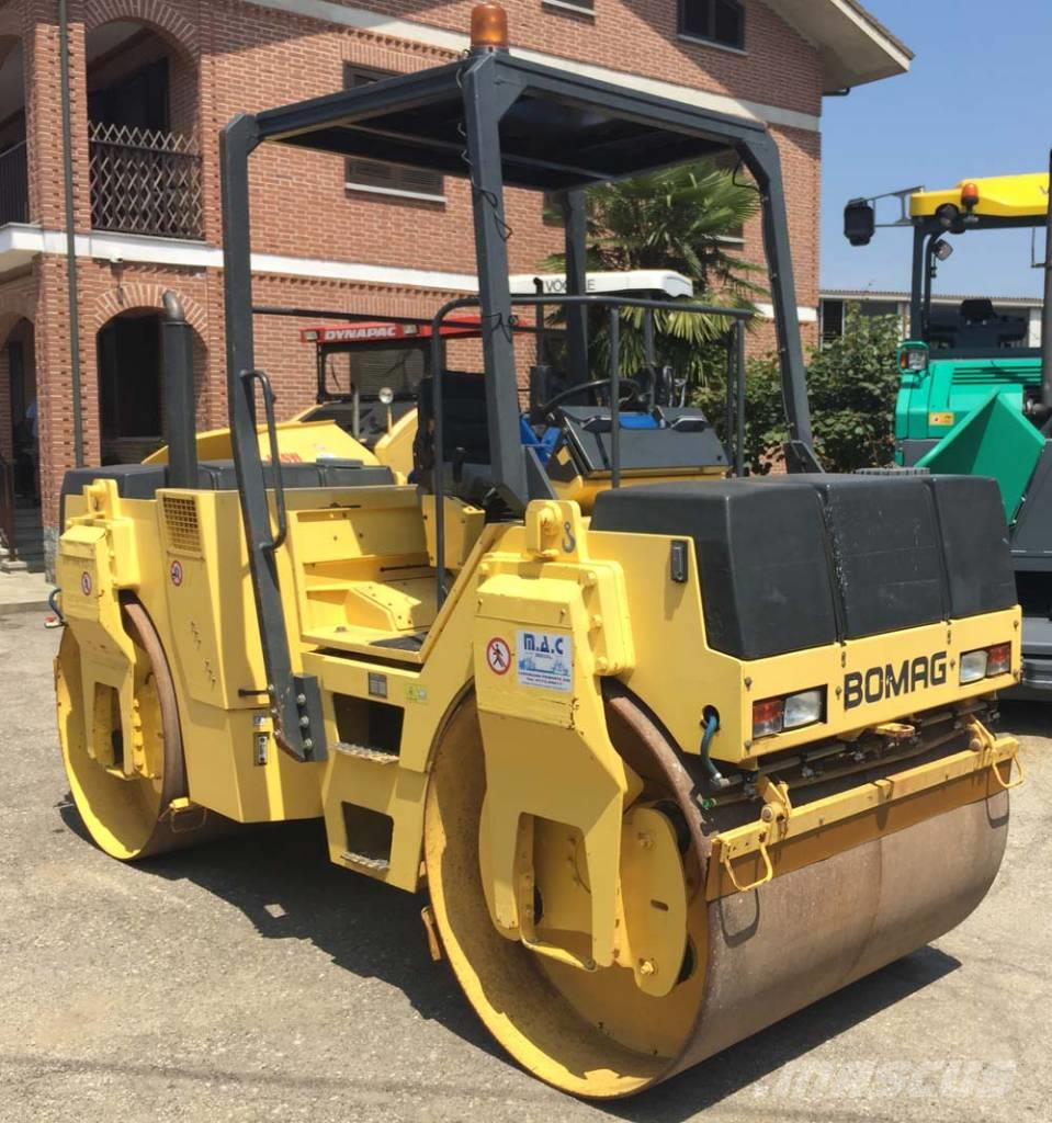 Bomag BW 144 AD-2, 2001, Twin drum rollers