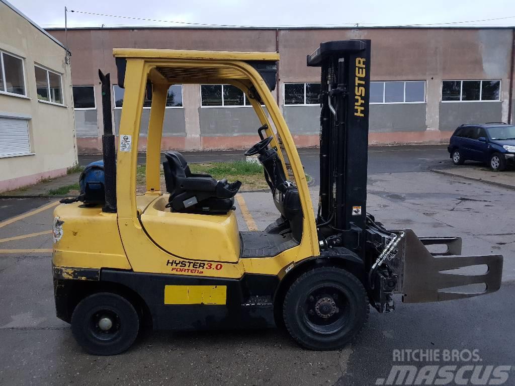 Hyster H 3.00 FT - wózek z osprzętem