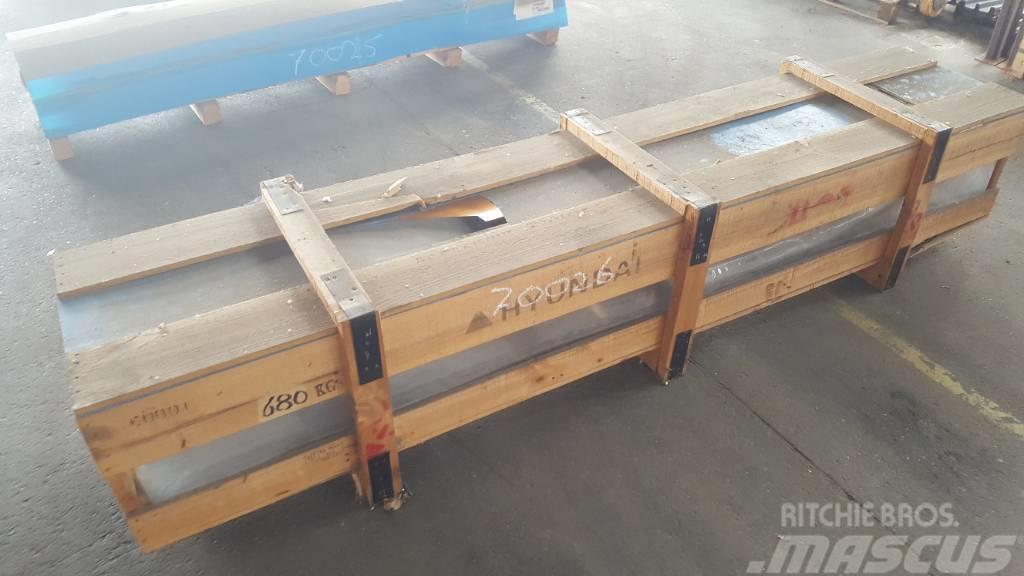 Hyundai Boom Cylinder LH - Robex 320 LC-7, 31N9-50112