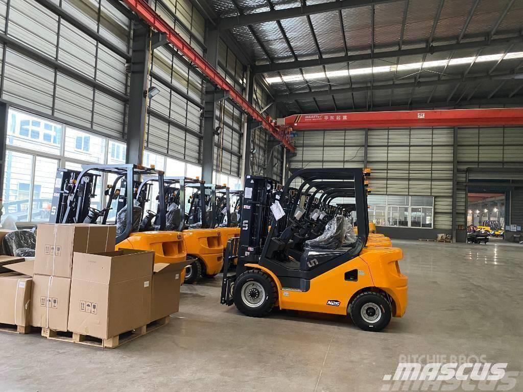 UN Forklift 3.5Ton Diesel Forklift with 3000mm Mast