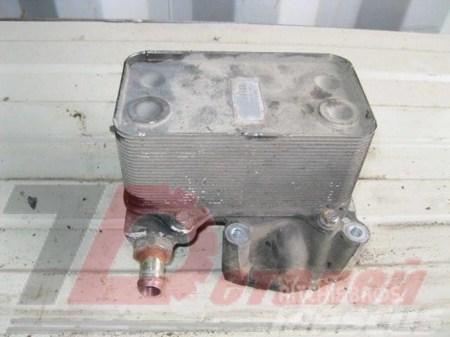 DAF XF 95 Engine oil cooler 1667565 D228 8MO376733421