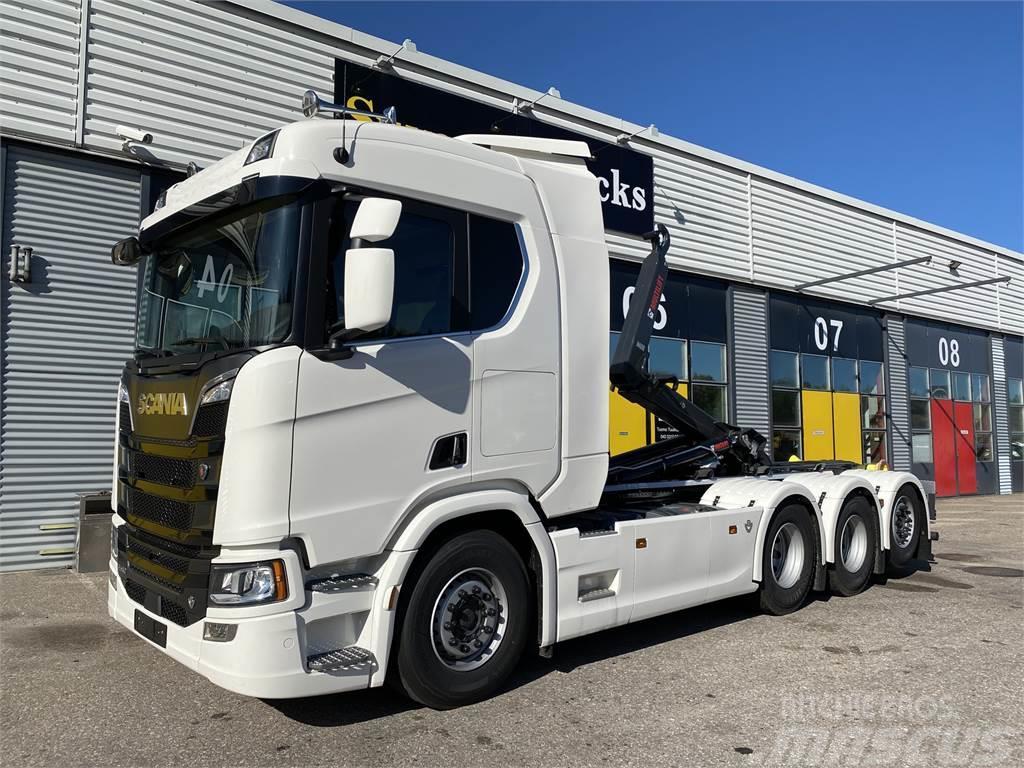 Scania R580 8x4