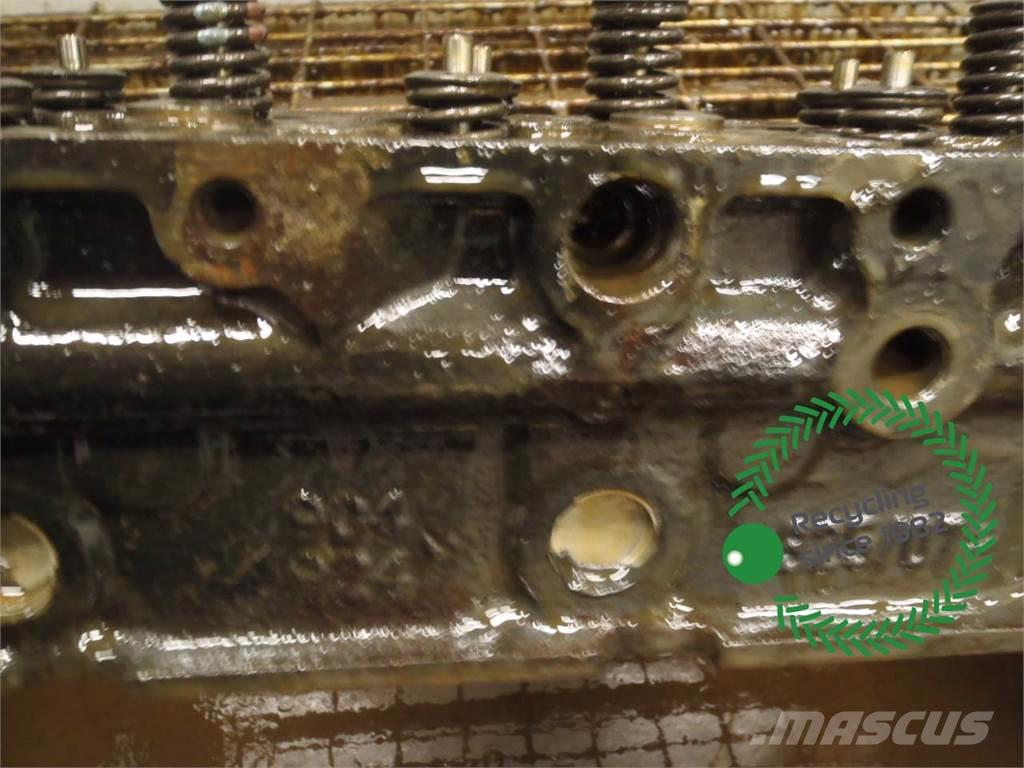Manitou MLT735-120 PS Cylinder head