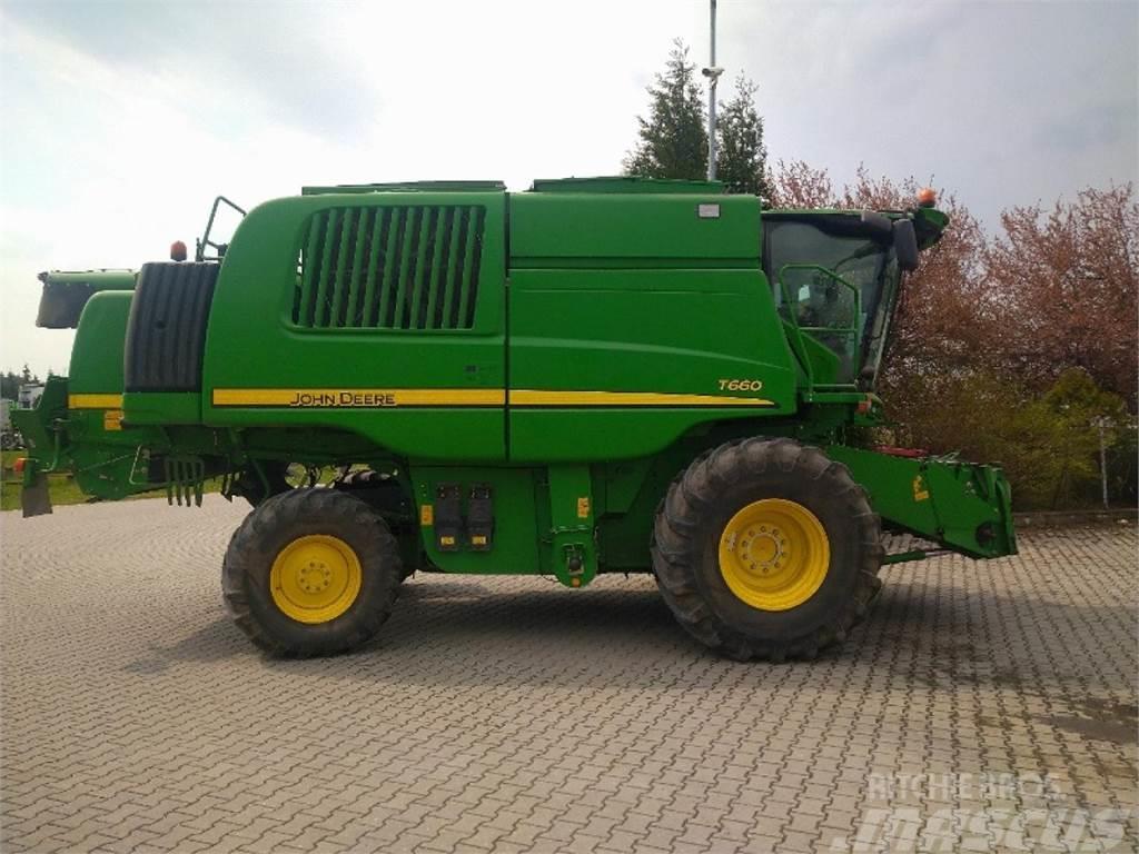 John Deere T 660