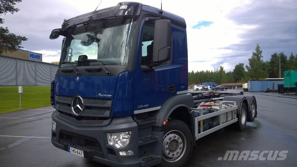 Mercedes Benz Antos 2643l 2016 Skip Loader Trucks