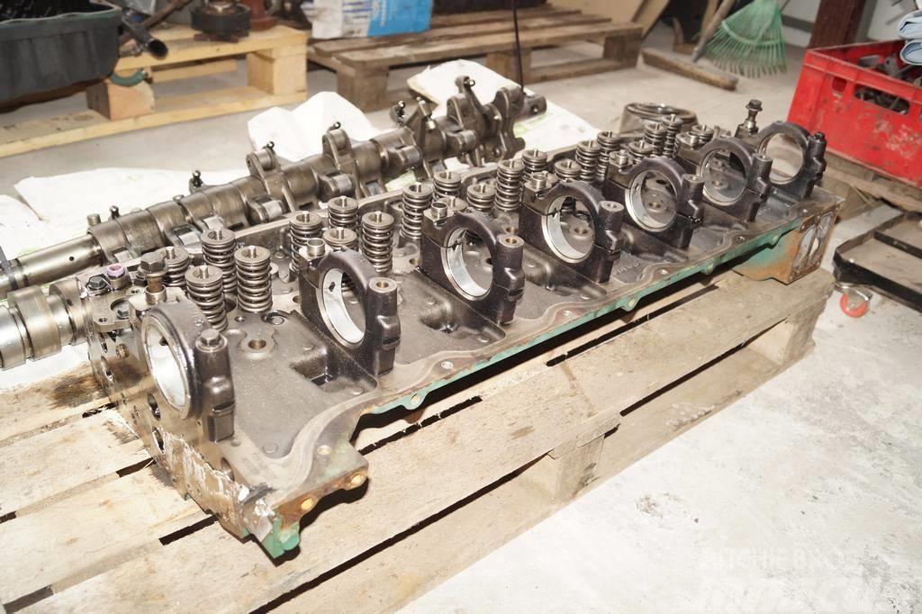 Volvo FM9 / Cylinder head