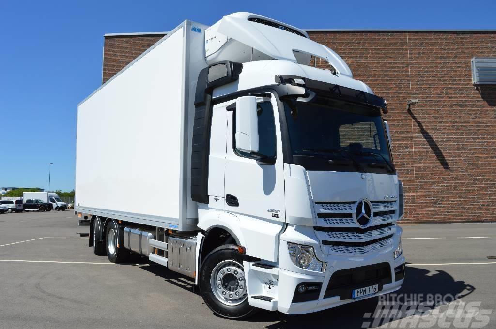 """Mercedes-Benz Actros 2551 L FRC 6x2*4 """"FRYSSKÅP"""""""