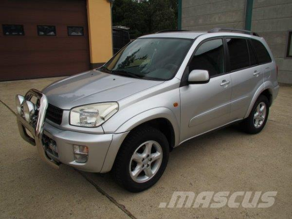 toyota rav 4 occasion prix 7 500 ann e d 39 immatriculation 2003 voiture toyota rav 4. Black Bedroom Furniture Sets. Home Design Ideas