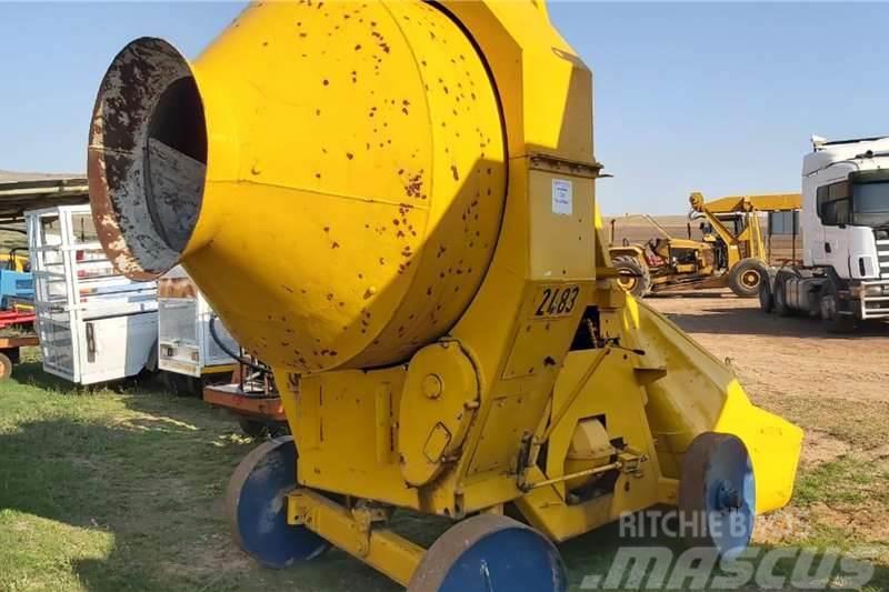 Winget 400 Concrete Mixer