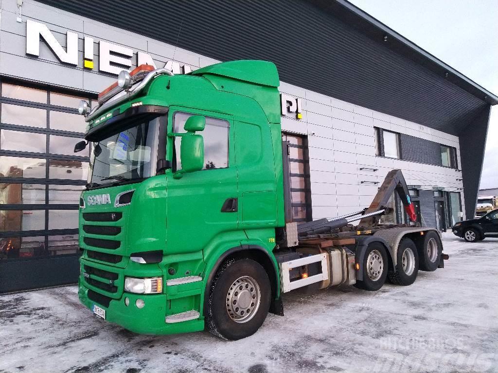 Scania R520 8x2