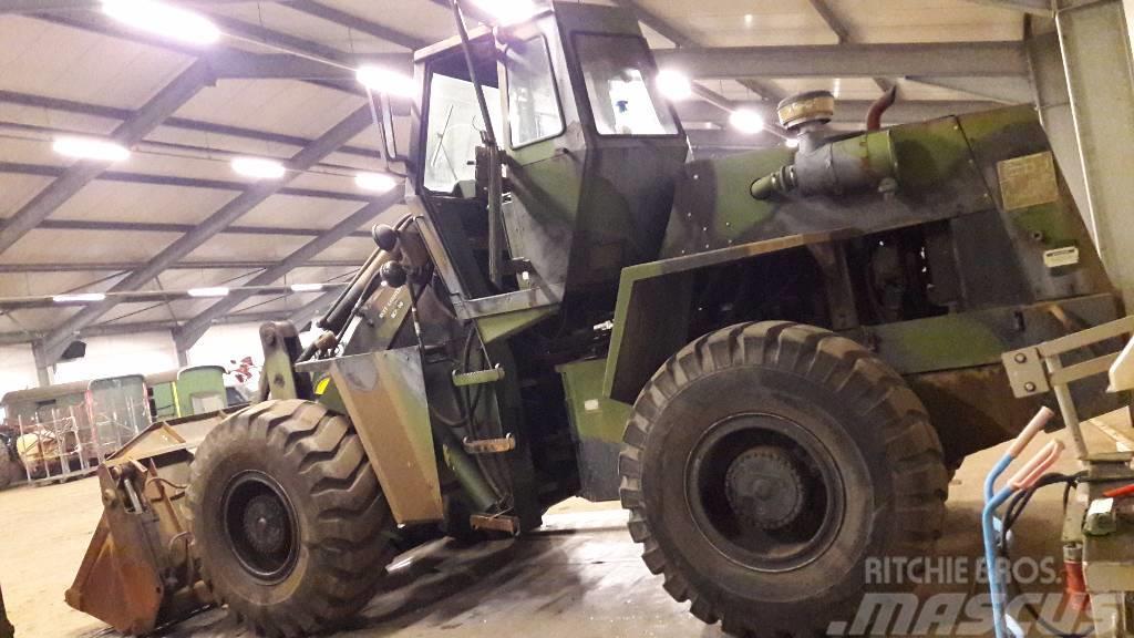 CASE 4x4 wheel loader scoop 4,6T EX US ARMY