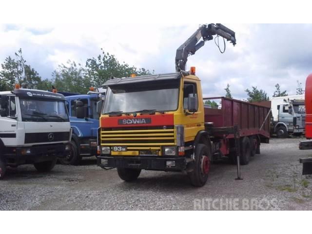 Scania P 93 6x2 Kran HIAB 1050 Hydr. AuffahrRampe