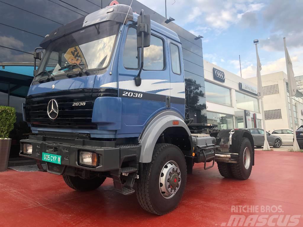 Mercedes-Benz 2038 SK II 4x4